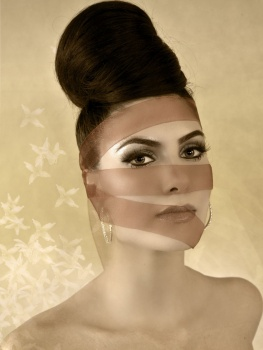 Brows & Makeup by Matt-Yuko.  Hair by Chloe Finch @ The Salon .  Model: Elana Nuozzi